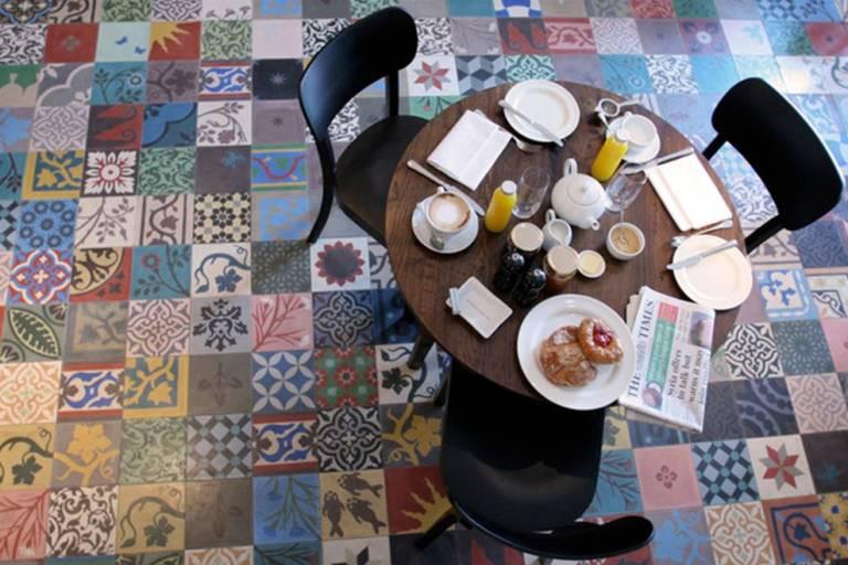 10 alfombras originales para tu hogar decoraci n de - Alfombras vinilicas ...