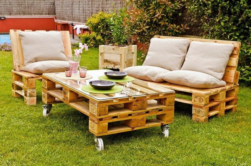 mesa baja jardin con palets