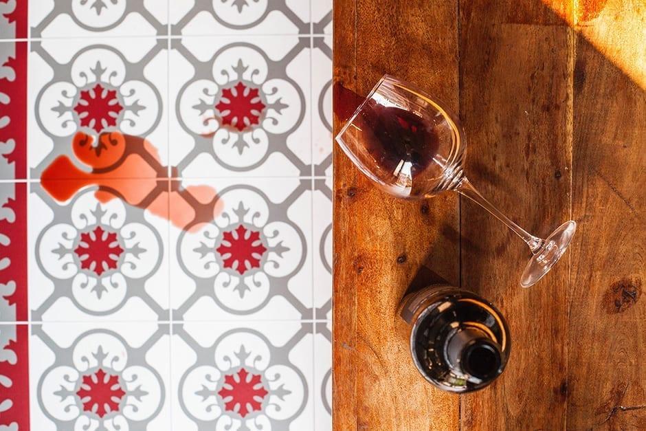 alfombras se limpia tras derramar vino